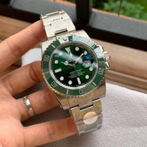 Rolex Submariner 116610LV Hulk AAA Copy - Luxury dripstores