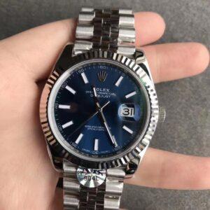 Rolex datejust blue dial 41 mm jubilee