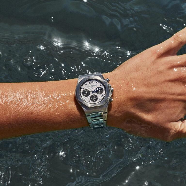 Waterproof replica watches